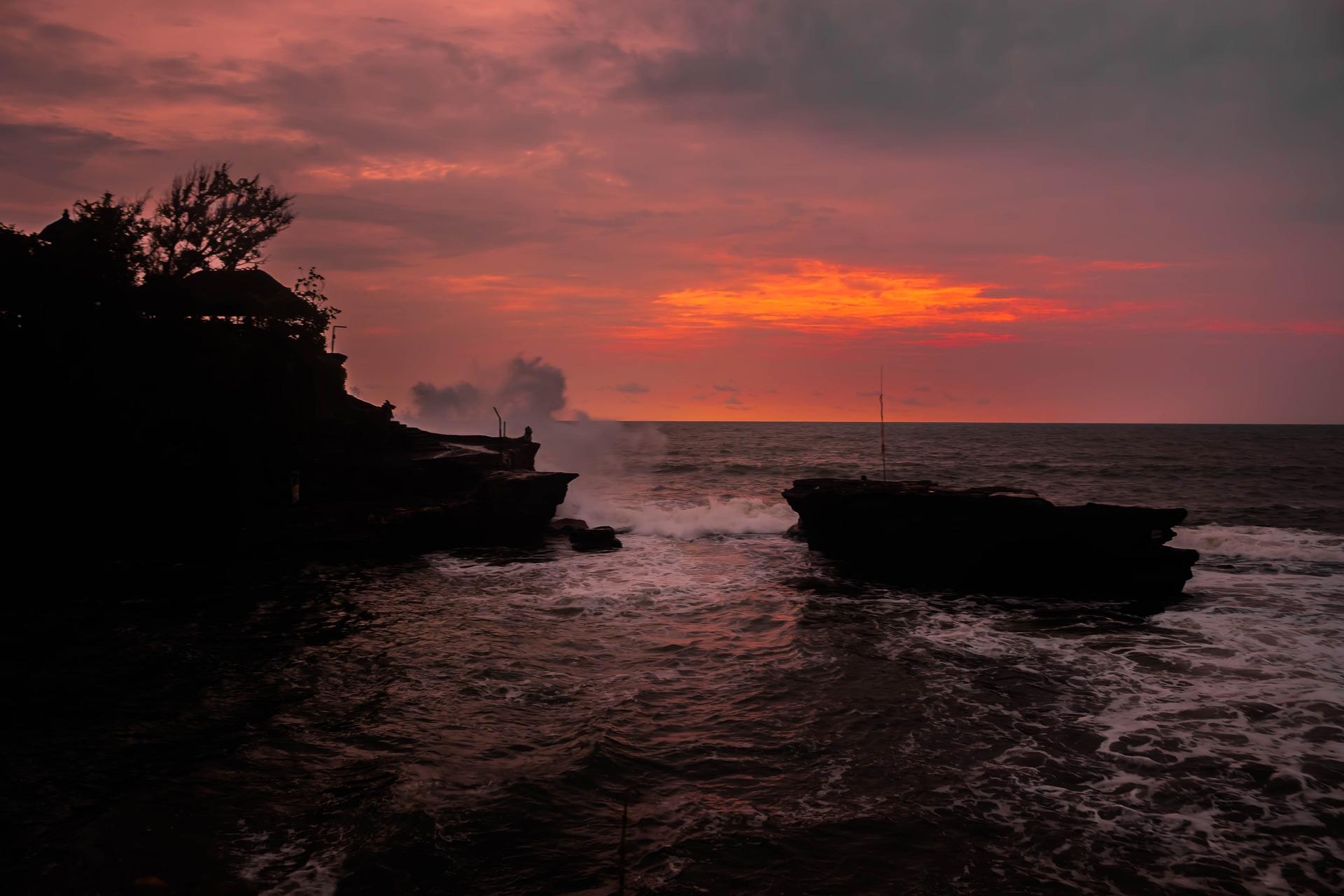Sunset en Templo Tanah Lot de Bali