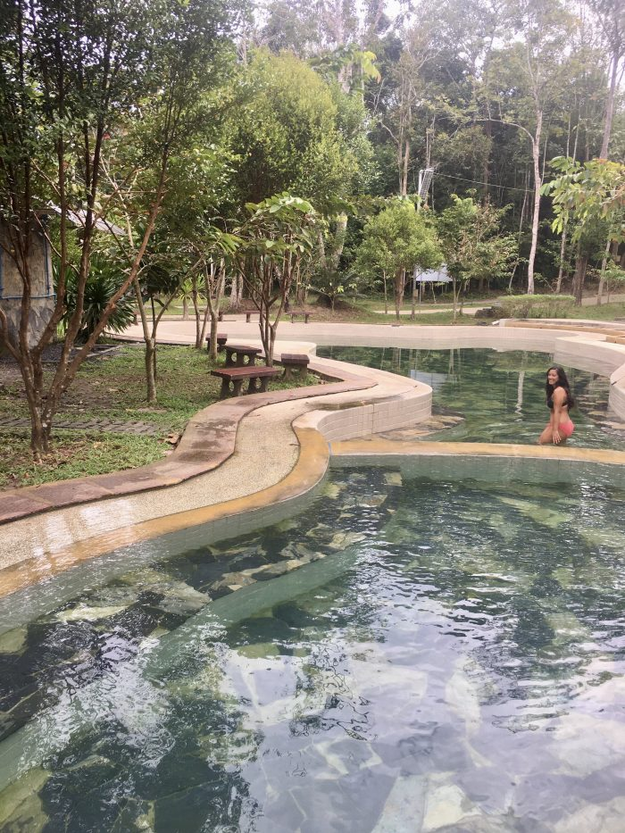 Hot Spring Water y Emerald Pool de Krabi